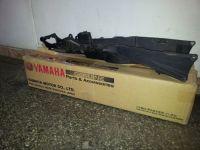 Yamaha-R1 опашка-метална част-2004