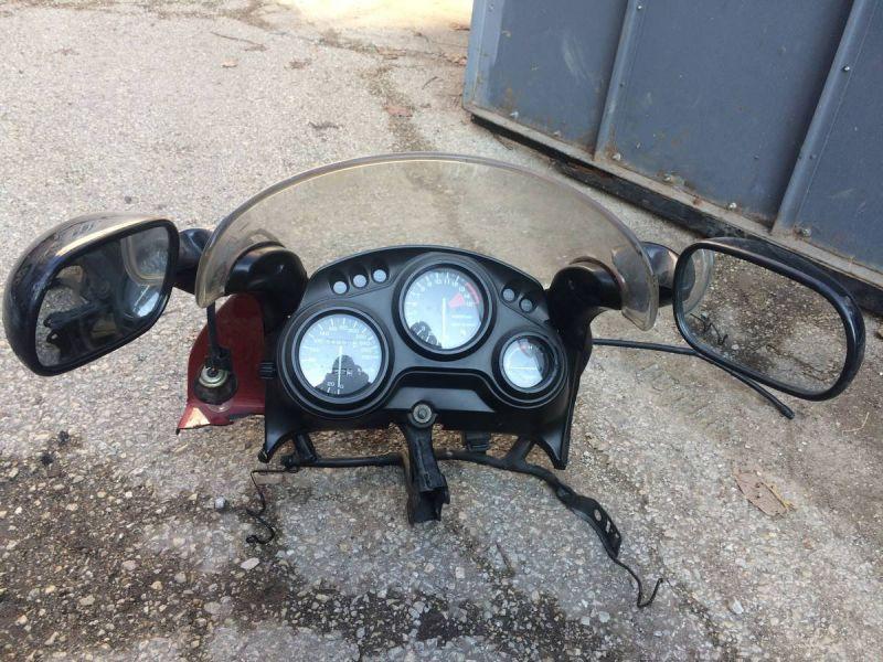 Honda - cbr 600 f2